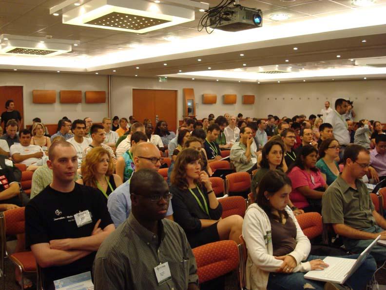 Фотографија од учесниците на самитот на Глобал војсис во Будимпешта, Унгарија